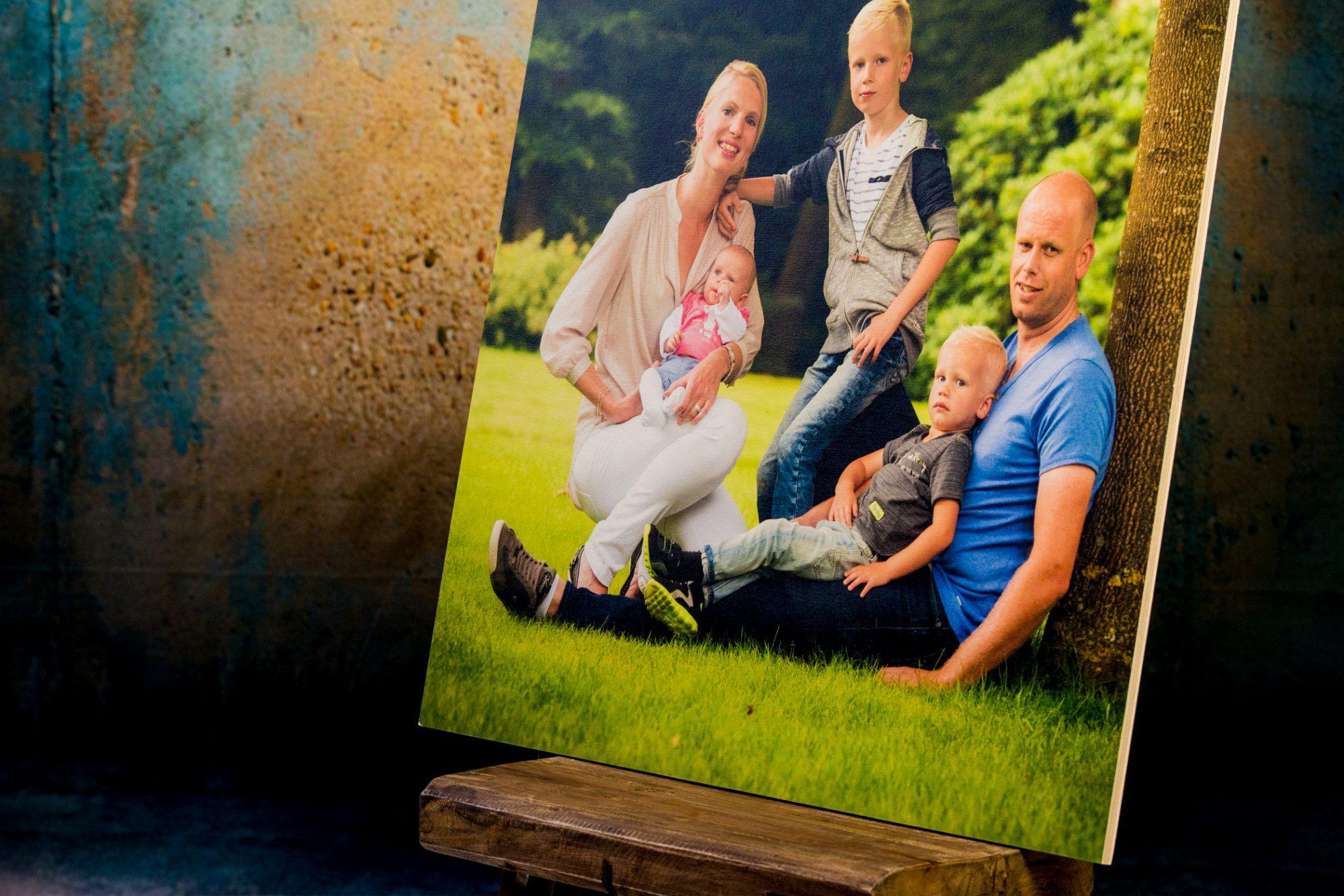 foto op hout, berkenhout, portretfotografie, groepsfoto, fotograaf, Wouter van Middendorp, omgeving Uddel, Elspeet, Garderen, Putten, Ermelo, Nieuw-Milligen, Vierhouten, Nunspeet, trouwfotografie, bruidsfotografie, Veluwe, Barneveld, Kesteren, Achterberg, professionele fotograaf