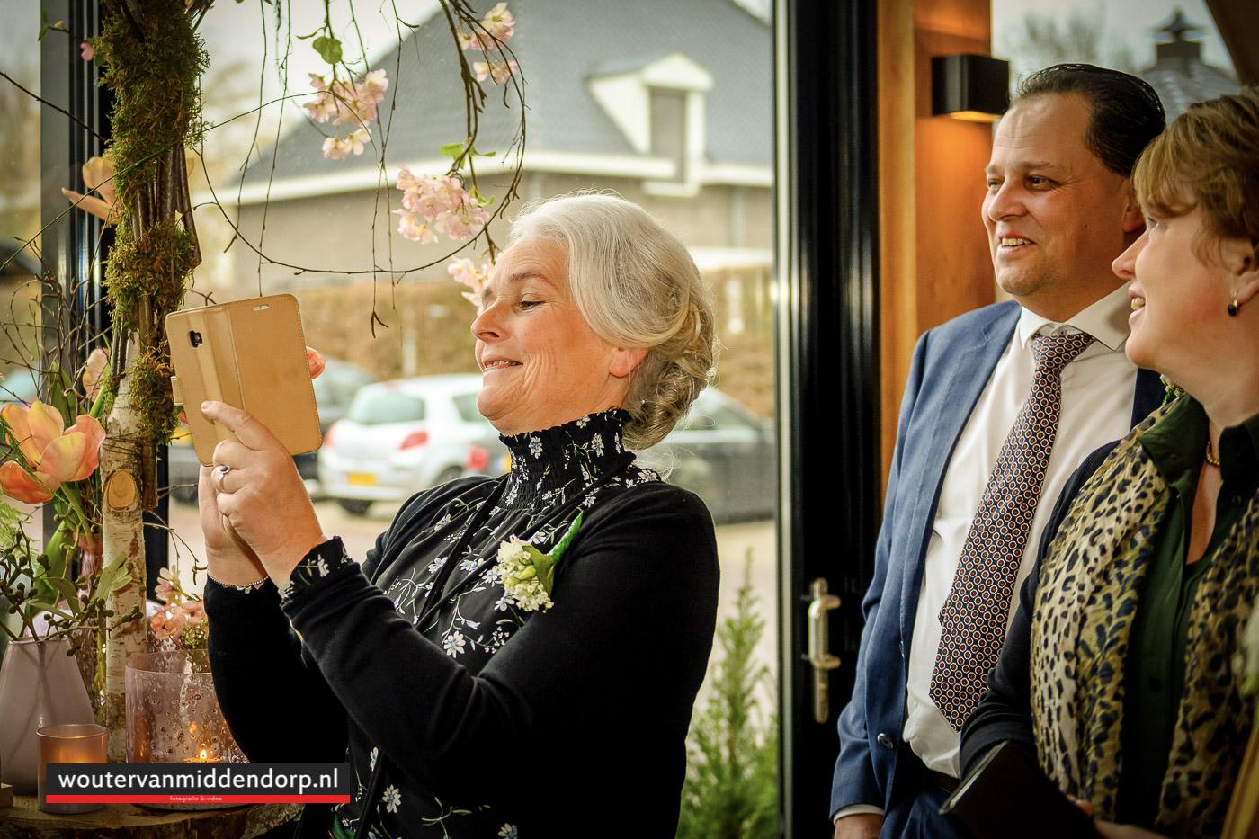 bruidsfotografie Wouter van Middendorp Uddel Elspeet Barneveld, omgeving trouwfotograaf-22